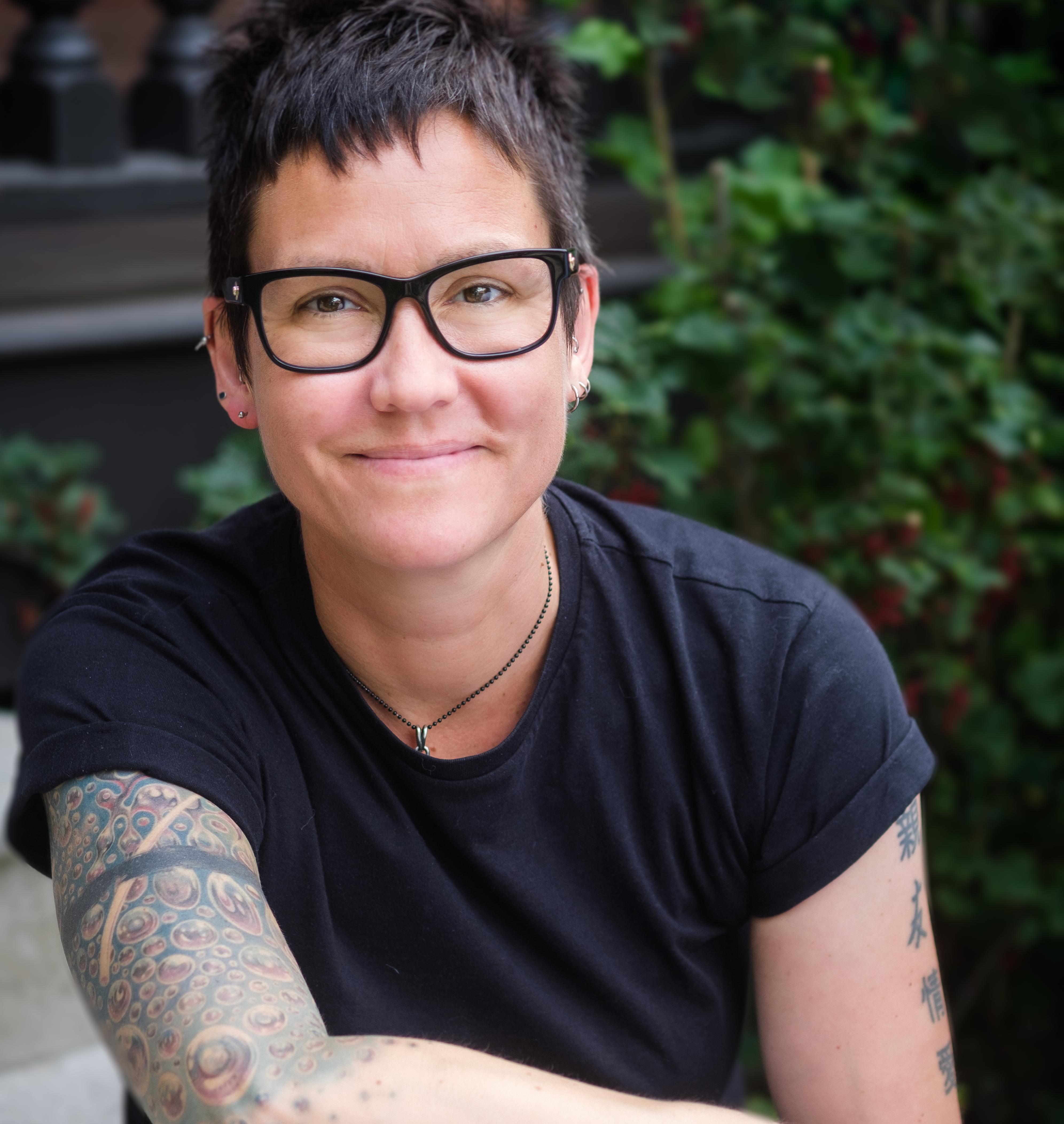 Helen Tweddle, Registered Social Worker, Psychotherapist